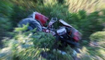 Traktör Şarampole Yuvarlandı!