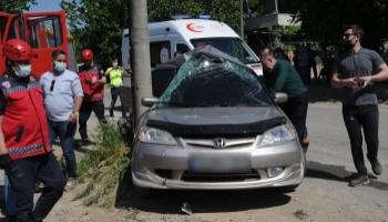 Geyve'de feci kaza: 1'i ağır, 3 yaralı